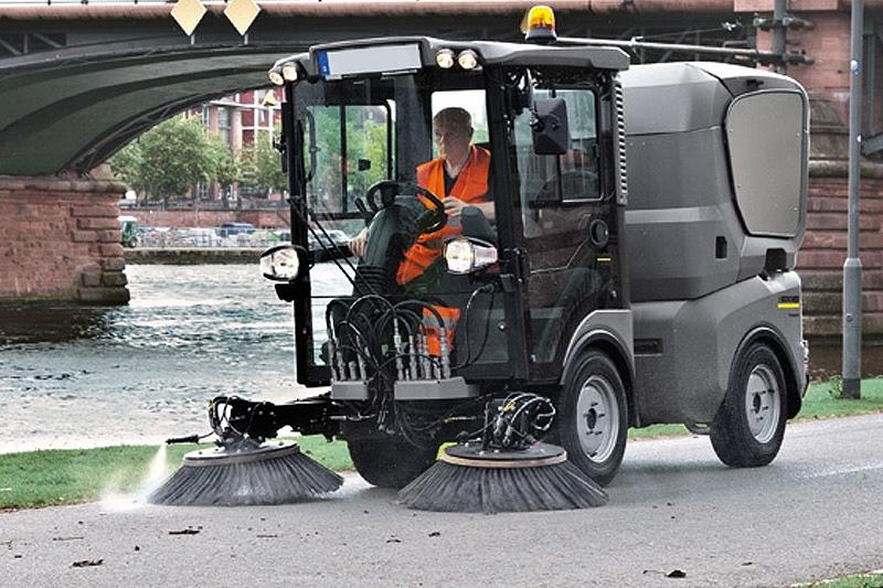 BLB Spazzatrici stradali Kärcher
